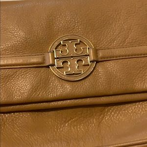 Tory Burch Bags - Tory Burch Amanda cross body